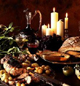 Masse mat, godt drikke og familiekos. Foto: Colourbox.